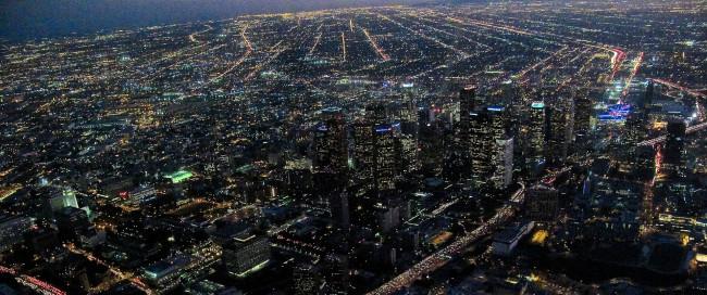 Downtown_LA_at_night_horz